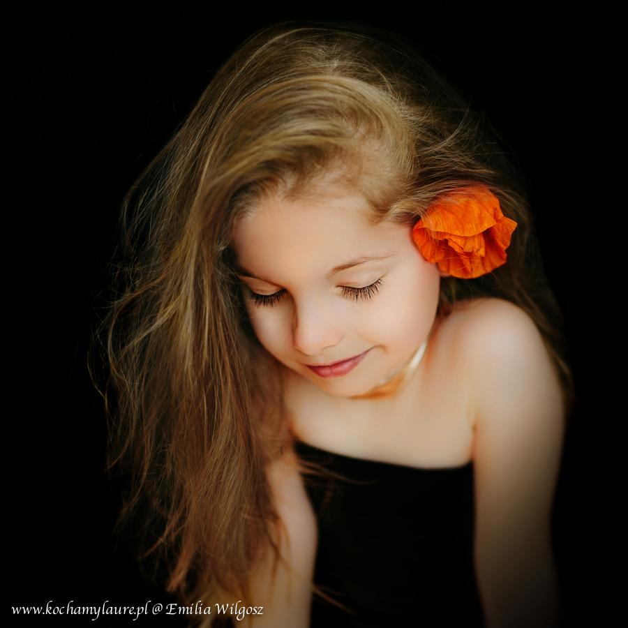 Subtelny portret dziecka - fotografia dzieci