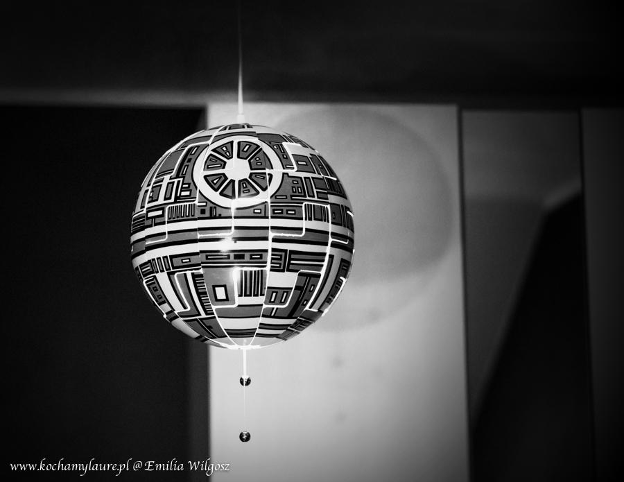 16. gwiazda-smierci-star-wars-z-lampy-ikea