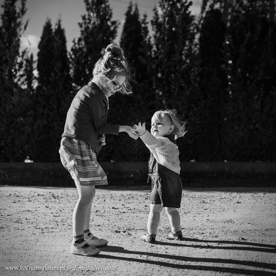 Zdjęcia dzieci czarno-białe