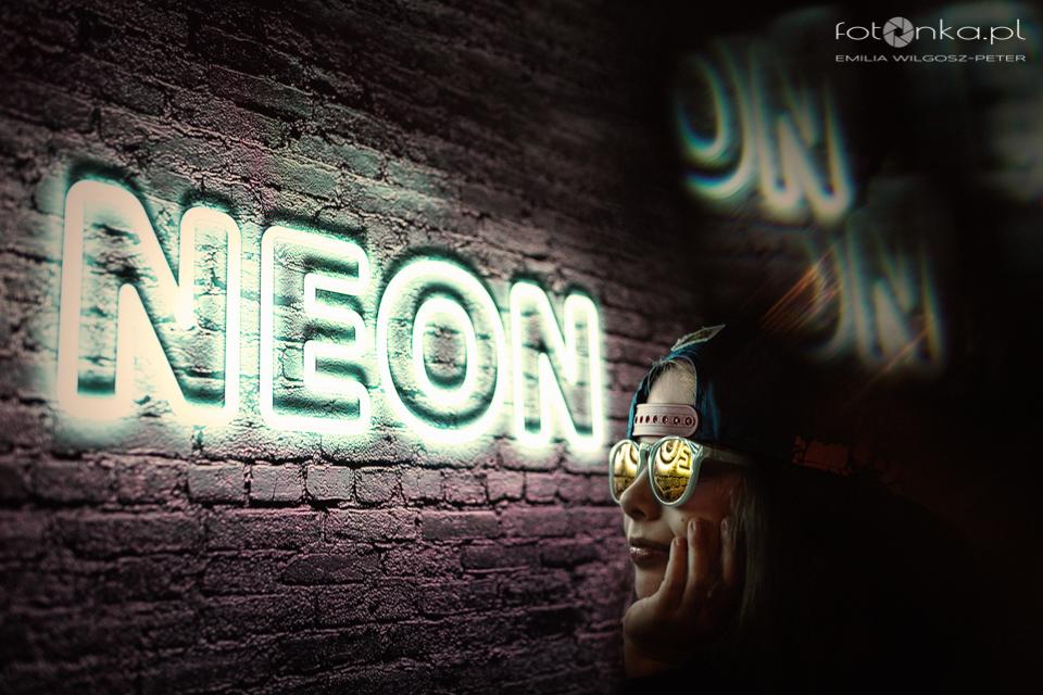 Neon - fotografia nocna