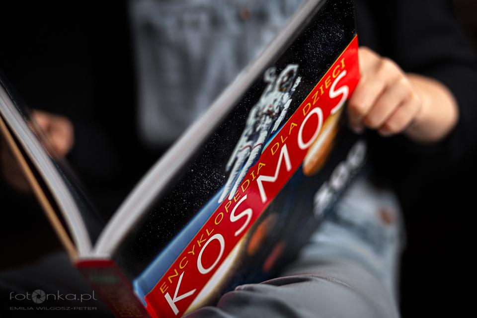 Książka o Kosmosie - detal w fotografii